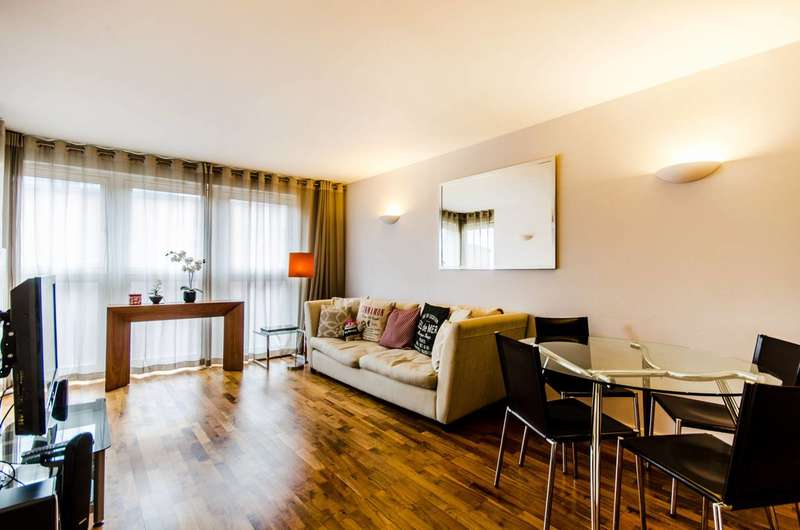 1 Bedroom Flat for sale in New Providence Wharf, Canary Wharf, E14