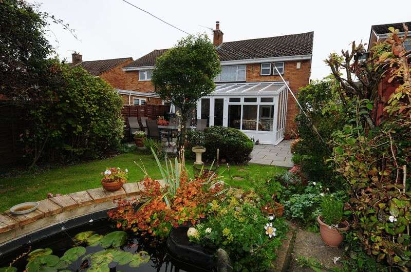 4 Bedrooms Semi Detached House for sale in Court Farm Road, Whitchurch, Bristol, BS14