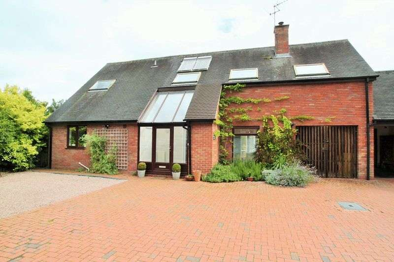 4 Bedrooms House for sale in Uphampton Nr Ombersley Worcestershire