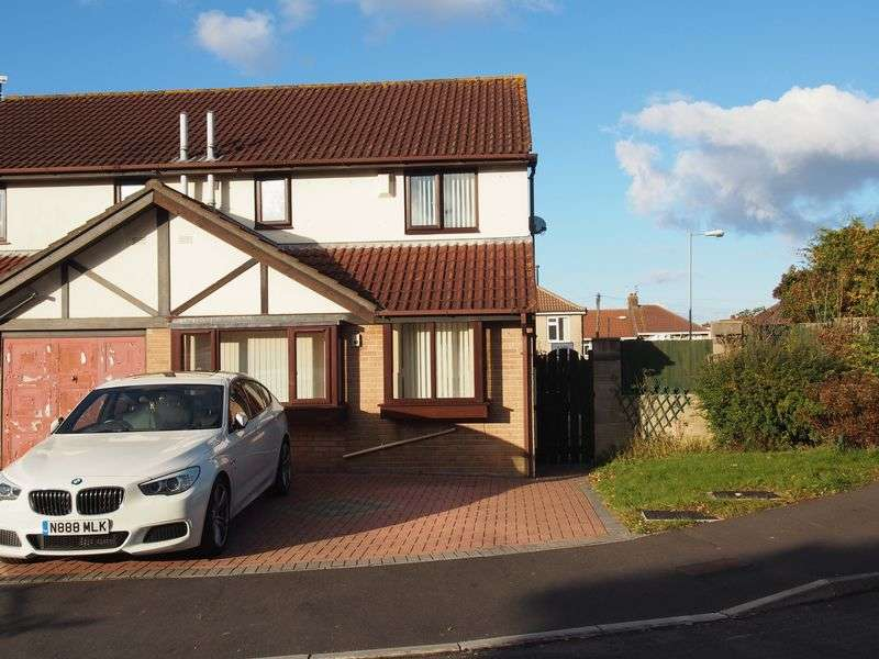 3 Bedrooms Semi Detached House for sale in Wesley Close, Bristol