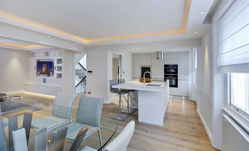 3 Bedrooms Flat for sale in Carlton Hill, London, NW8