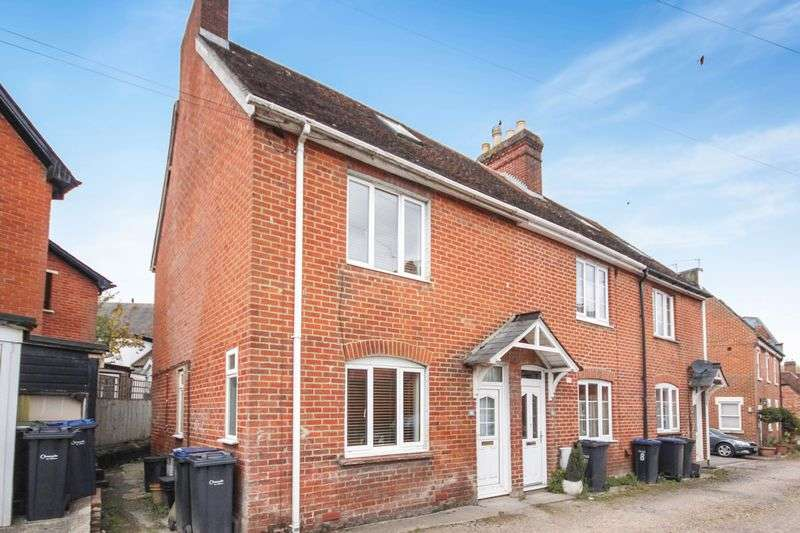2 Bedrooms Terraced House for sale in OLD STREET, HARNHAM, SP2