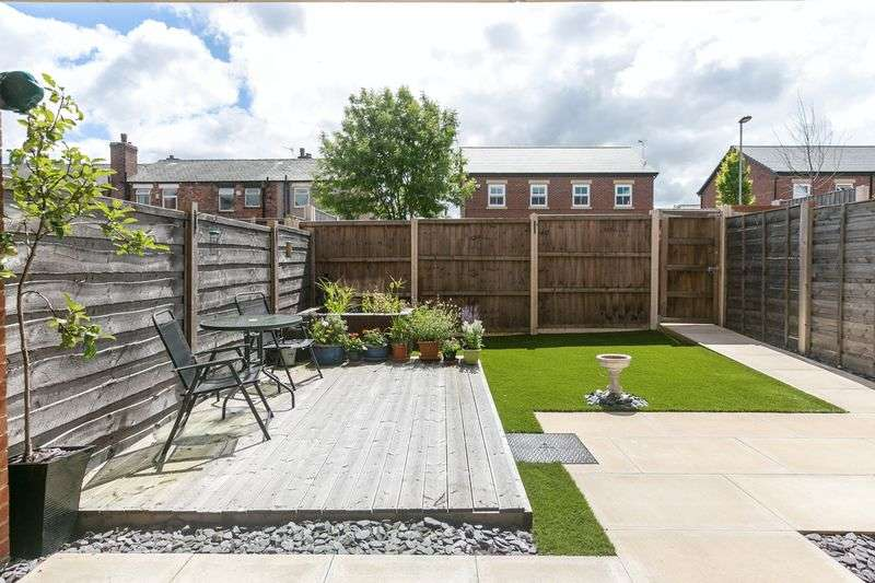 1 Bedroom Flat for sale in Orrell Road, Orrell, WN5 8EY