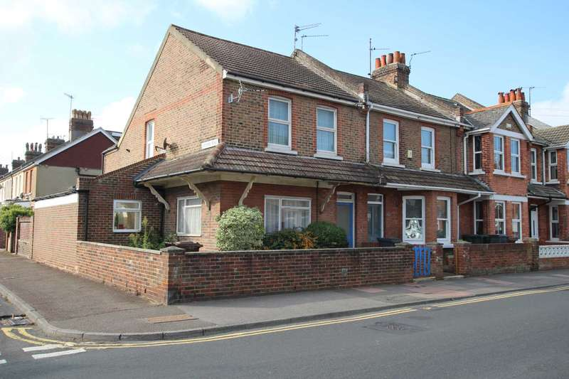 1 Bedroom Flat for sale in Channel View Road, Eastbourne, BN22 7LR
