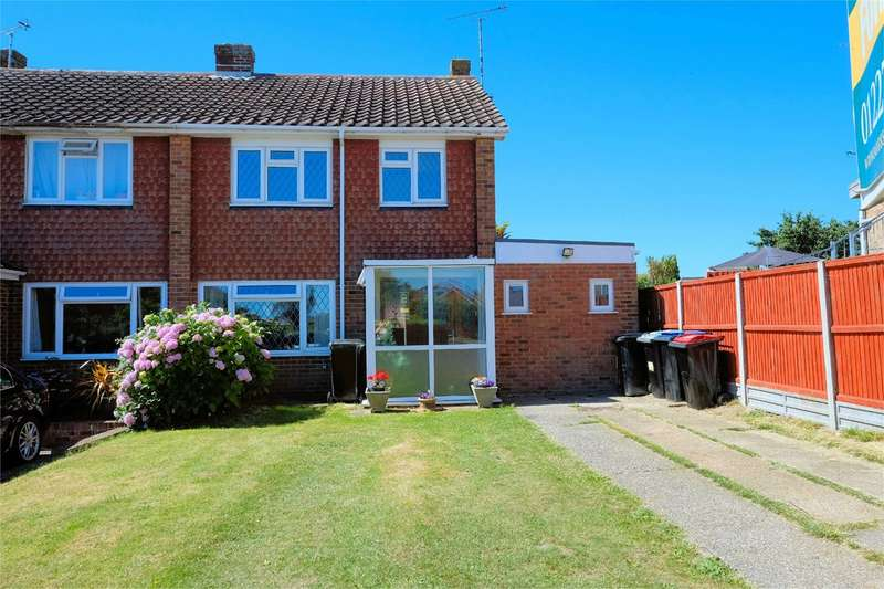 4 Bedrooms Semi Detached House for sale in The Warren, Whitstable, CT5