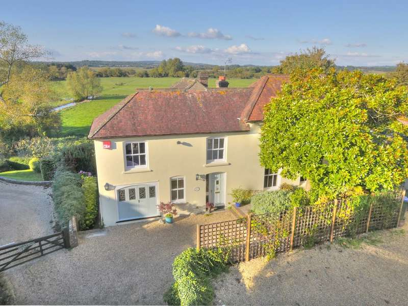 4 Bedrooms Detached House for sale in The Alley, Amberley