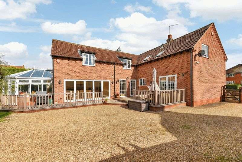 4 Bedrooms Detached House for sale in Lombard Street, Orston