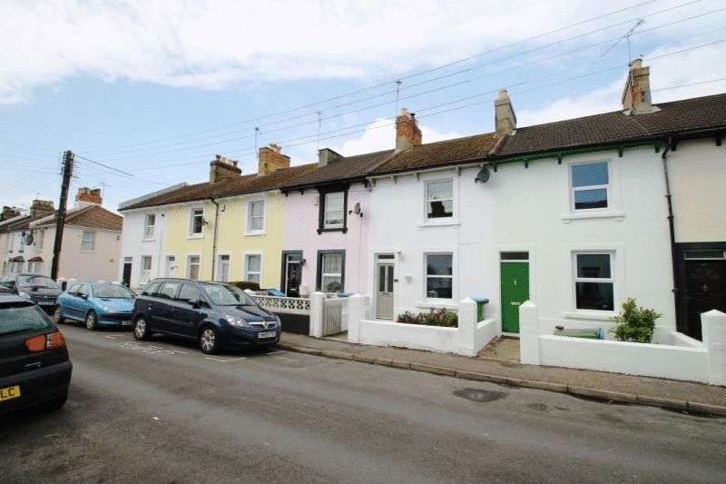3 Bedrooms Terraced House for sale in Gloucester Place, Littlehampton