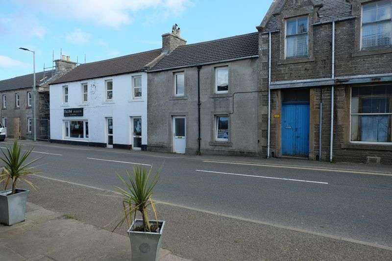 3 Bedrooms Terraced House for sale in Main Street, Thurso
