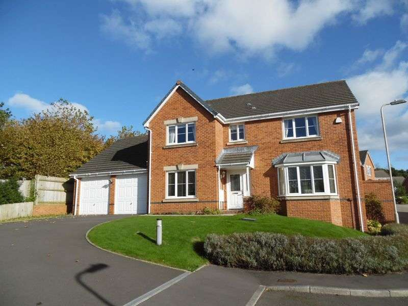 4 Bedrooms Detached House for sale in Llys Fitzhamon Broadlands Bridgend CF31 5FA