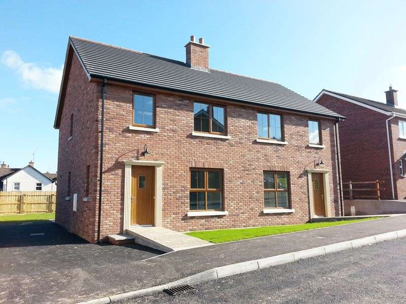 3 Bedrooms Semi Detached House for sale in Cloverdale, Dromore