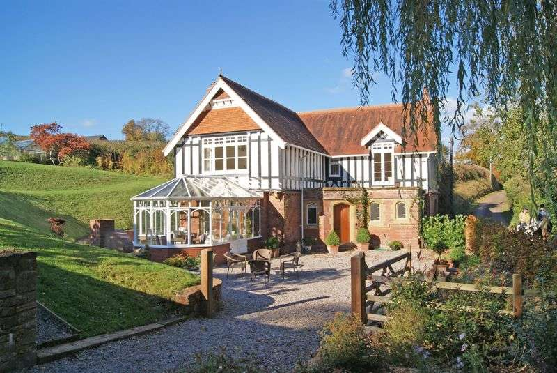 4 Bedrooms Detached House for sale in Exe Valley / edge of Tiverton