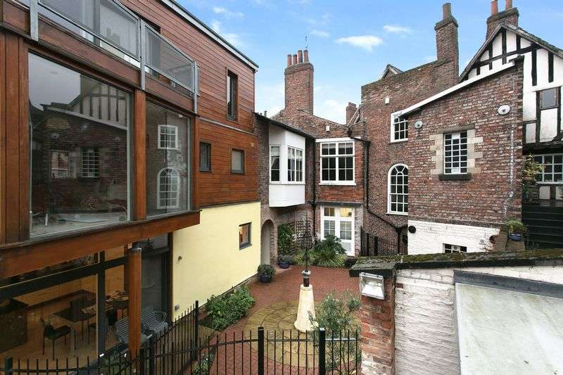 2 Bedrooms Flat for sale in blake mews, york