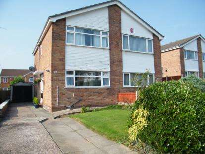 2 Bedrooms Semi Detached House for sale in Carlisle Close, Winsford, Cheshire, CW7