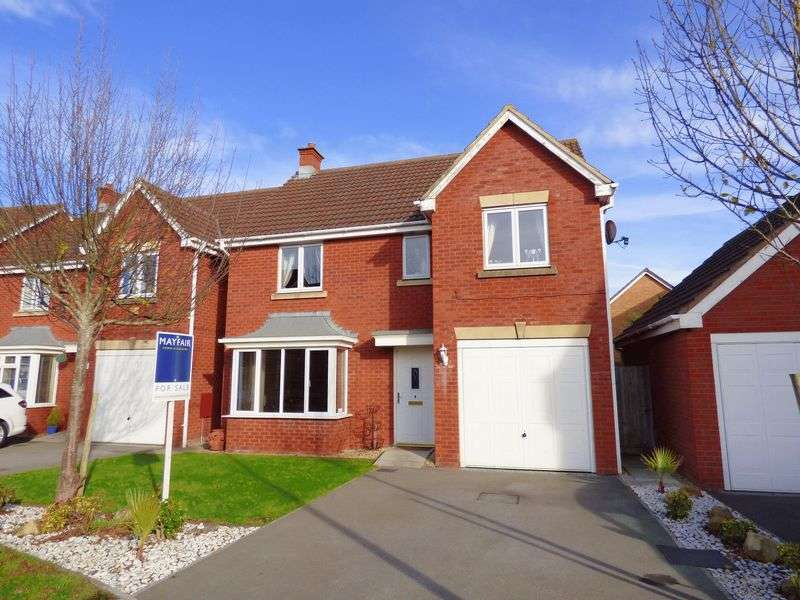4 Bedrooms Detached House for sale in Compton Drive, Weston Village, Weston-Super-Mare