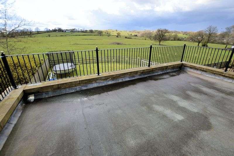 6 Bedrooms Detached House for sale in Bentley Meadows, Bury