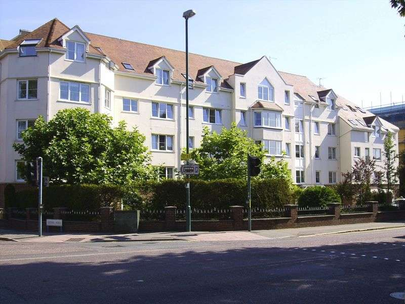 2 Bedrooms Retirement Property for sale in Wellington Court, Bournemouth, BH2 5QU