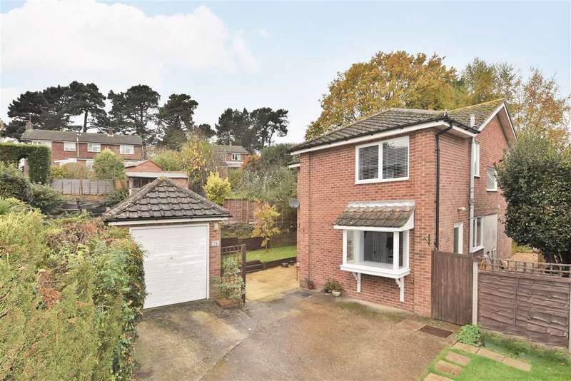 4 Bedrooms Detached House for sale in PITCHPONDS ROAD, WARSASH