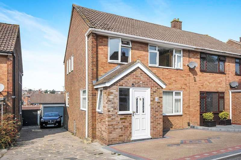 3 Bedrooms Semi Detached House for sale in Springfield Avenue, Swanley, BR8