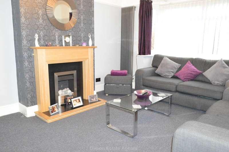 3 Bedrooms Semi Detached House for sale in Privett Road, Gosport