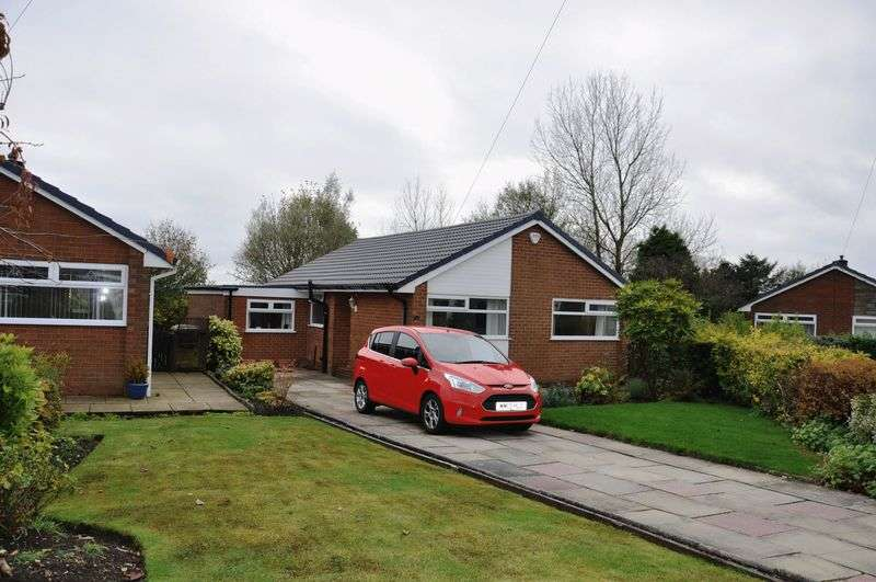 3 Bedrooms Detached Bungalow for sale in Buckingham Avenue, Horwich