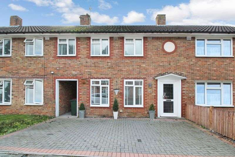 3 Bedrooms Terraced House for sale in West Green , Crawley