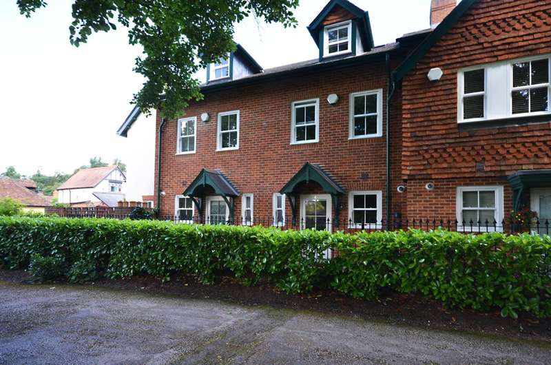 4 Bedrooms House for sale in Forrest Place, Shere, Guildford, GU5