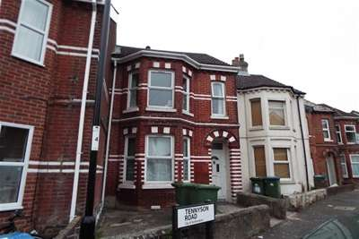 6 Bedrooms Terraced House for rent in **NO ADMIN FEE** Tennyson Road, Southampton
