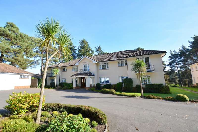 3 Bedrooms Flat for sale in Golf Links Road, Ferndown