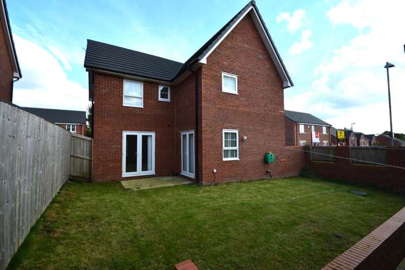 4 Bedrooms Detached House for sale in Holden Drive, Pendlebury, Swinton, Manchester, M27