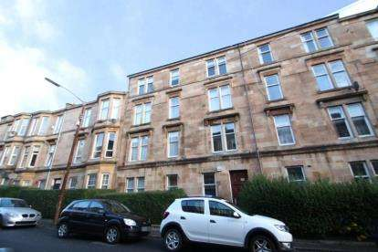 3 Bedrooms Flat for sale in Skirving Street, Shawlands