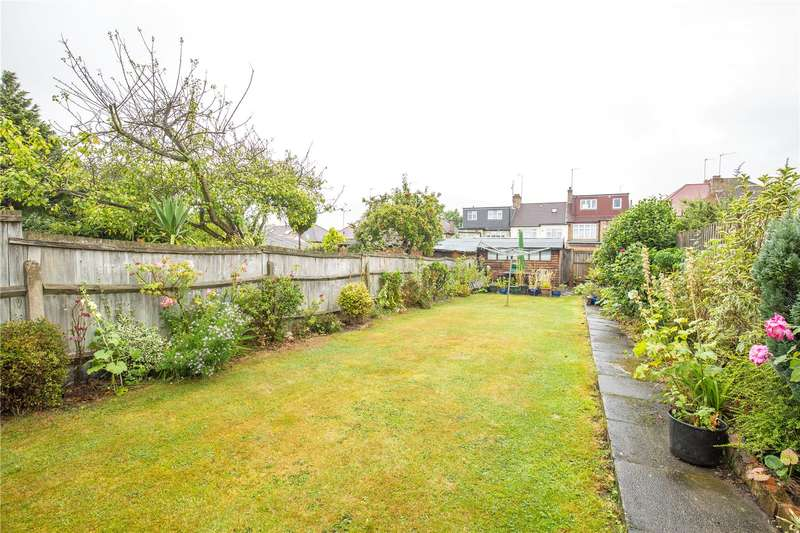 3 Bedrooms Terraced House for sale in Petworth Road, North Finchley, London, N12