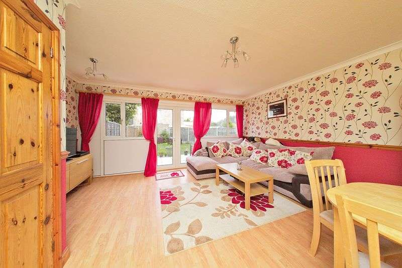 3 Bedrooms Terraced House for sale in Stroud Green Drive, Bognor Regis, PO21