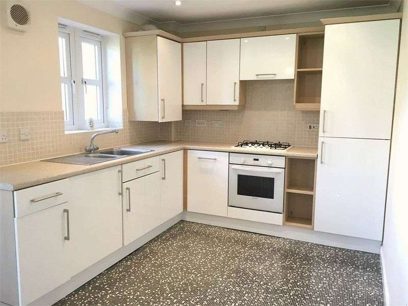 2 Bedrooms Flat for sale in Two Gates Way, Barnsley
