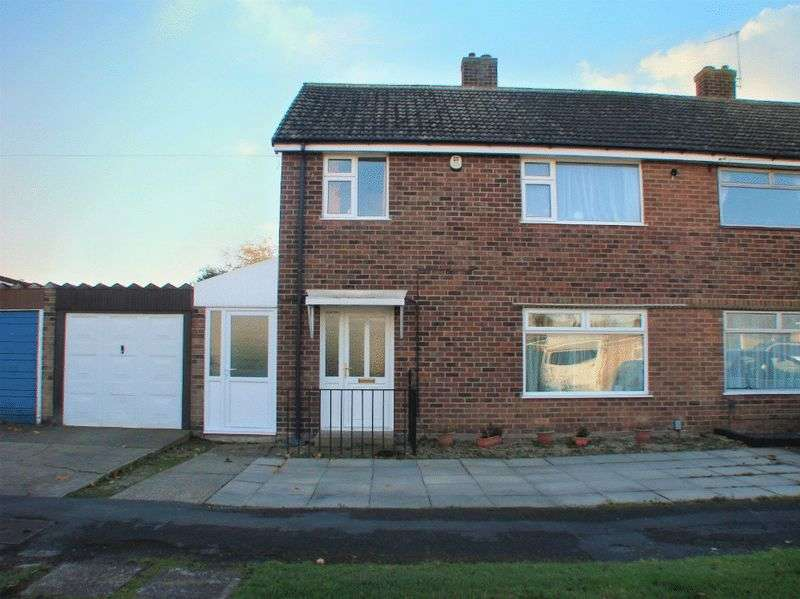 3 Bedrooms Semi Detached House for sale in St. Lawrence Boulevard, Radcliffe-on-Trent