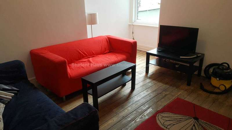 5 Bedrooms House for rent in Landcross Road, Manchester