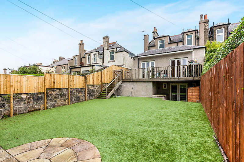 4 Bedrooms Semi Detached House for sale in Victoria Terrace, Dunfermline, KY12