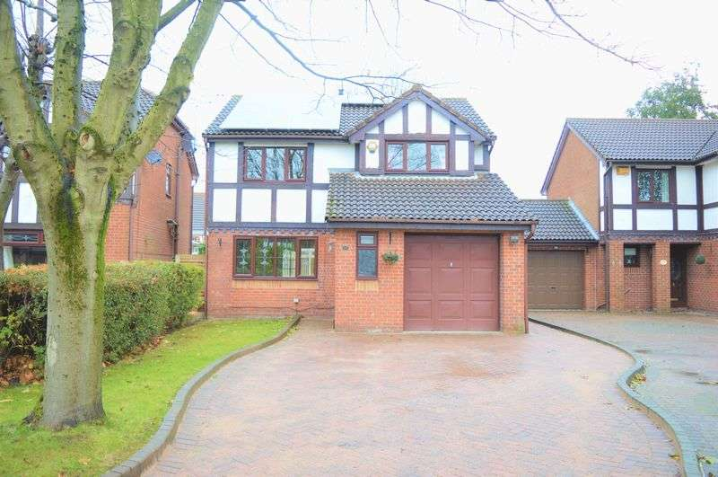 4 Bedrooms Detached House for sale in Osprey Close, Dukinfield