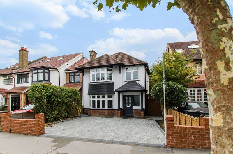 3 Bedrooms Detached House for sale in Pollards Hill South, Norbury, SW16