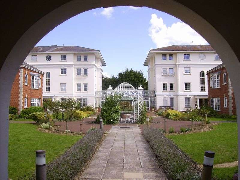 1 Bedroom Retirement Property for sale in Pegasus Court (Cheltenham), Cheltenham, GL51 3GB