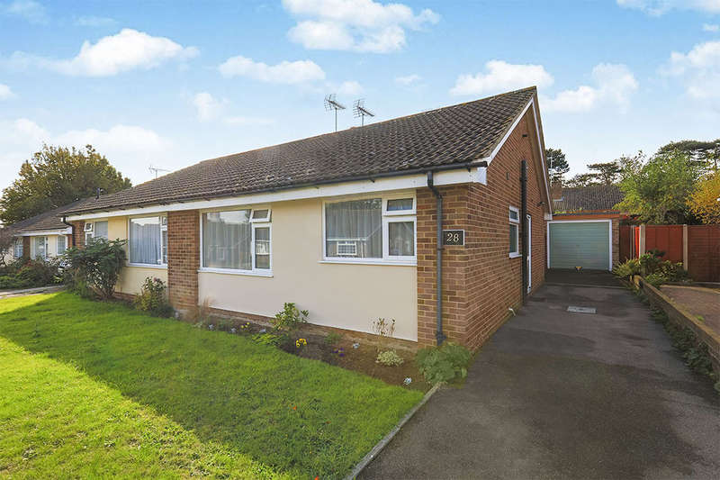 2 Bedrooms Semi Detached Bungalow for sale in Patterson Close, Deal, CT14