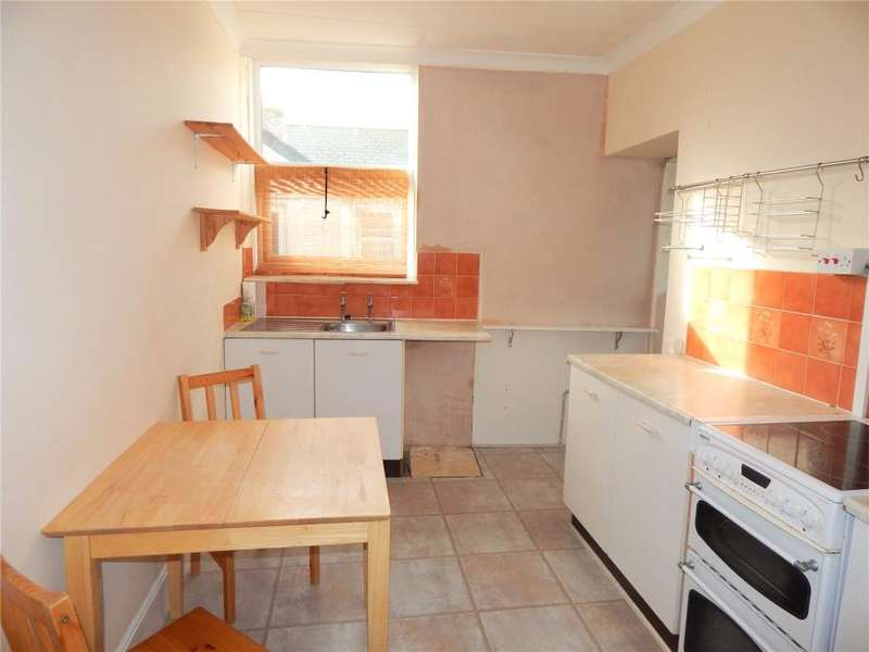 2 Bedrooms Flat for sale in Redinnick Terrace, Penzance, Cornwall