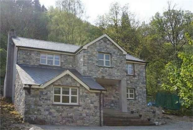 4 Bedrooms Detached House for sale in Betws-Y-Coed, Conwy, Conwy