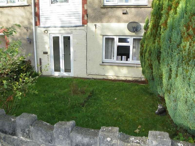 1 Bedroom Flat for sale in Heol Aneddfa, Pontyberem, Llanelli