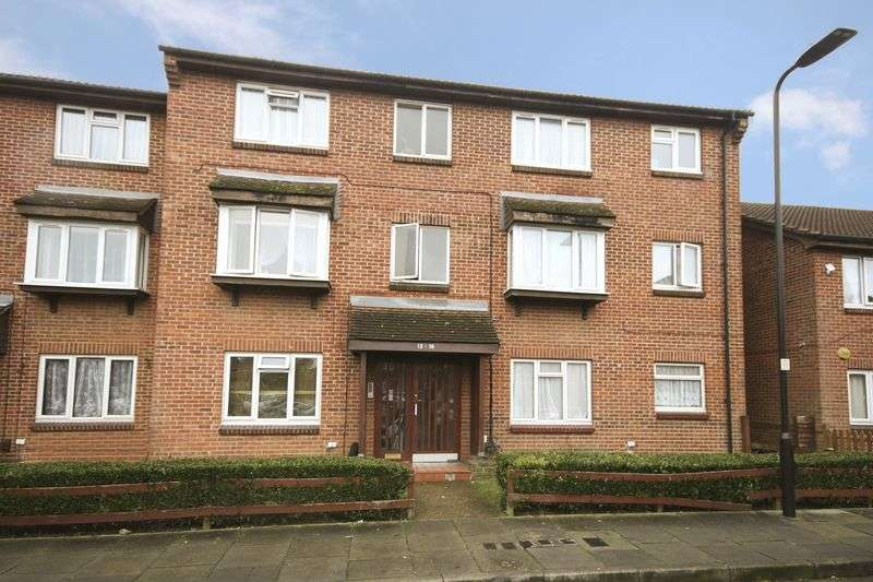 1 Bedroom Flat for sale in Concord Close, Northolt