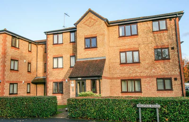 2 Bedrooms Apartment Flat for sale in Slough
