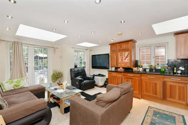 2 Bedrooms Property for sale in Edbrooke Road, Maida Vale, London