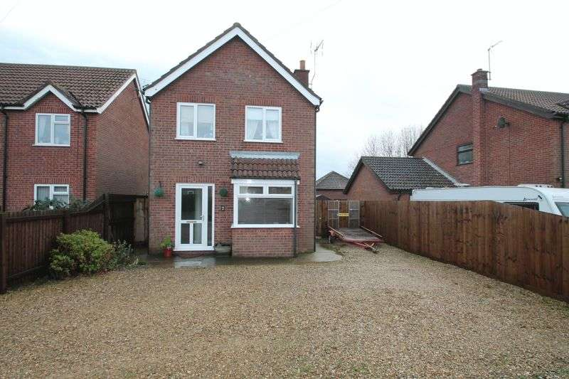 3 Bedrooms Semi Detached House for sale in St Marks Road, Holbeach St Marks