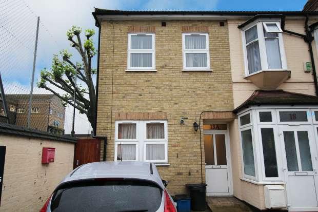 5 Bedrooms Property for sale in Rutland Road, Ilford, Essex, IG1 1EN
