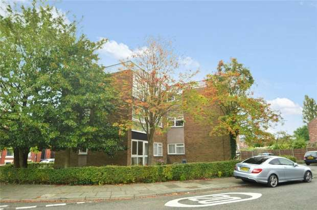 1 Bedroom Flat for sale in Elmfield Court, Elmfield Road, Stockport, Cheshire